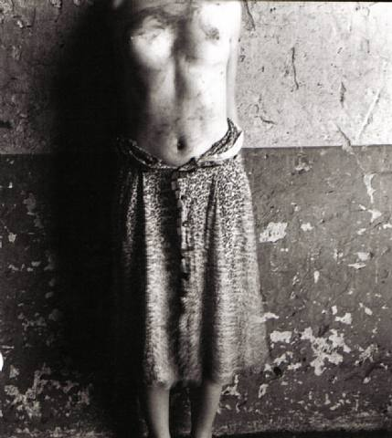 artwork_images_969_189325_francesca-woodman